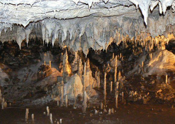 Snejanka cave